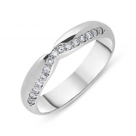 18ct White Gold 0.12ct Diamond Dipped Centre Half Eternity Ring
