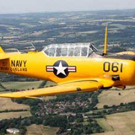 60 Minute Aerobatic Harvard Flight in Berkshire