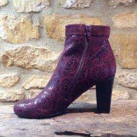 Abby Snow Grape burgundy Boot