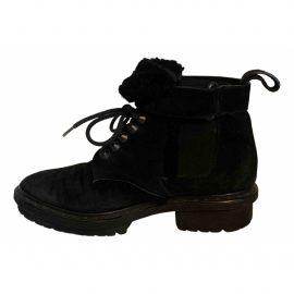 Balenciaga Snow boots