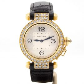 Cartier Pasha 18K gold watch, Black