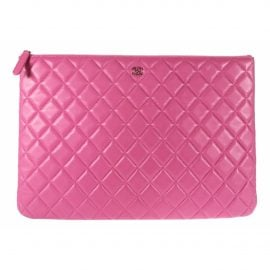Chanel N Pink Leather Clutch Bag for Women
