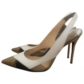Christian Louboutin N Beige Patent leather Heels for Women