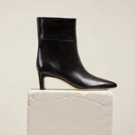 Dear Frances - Comfortable Black Soft Leather Pull On Pointed Ankle Boots