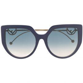 Fendi Eyewear oversized cat-eye sunglasses - Blue