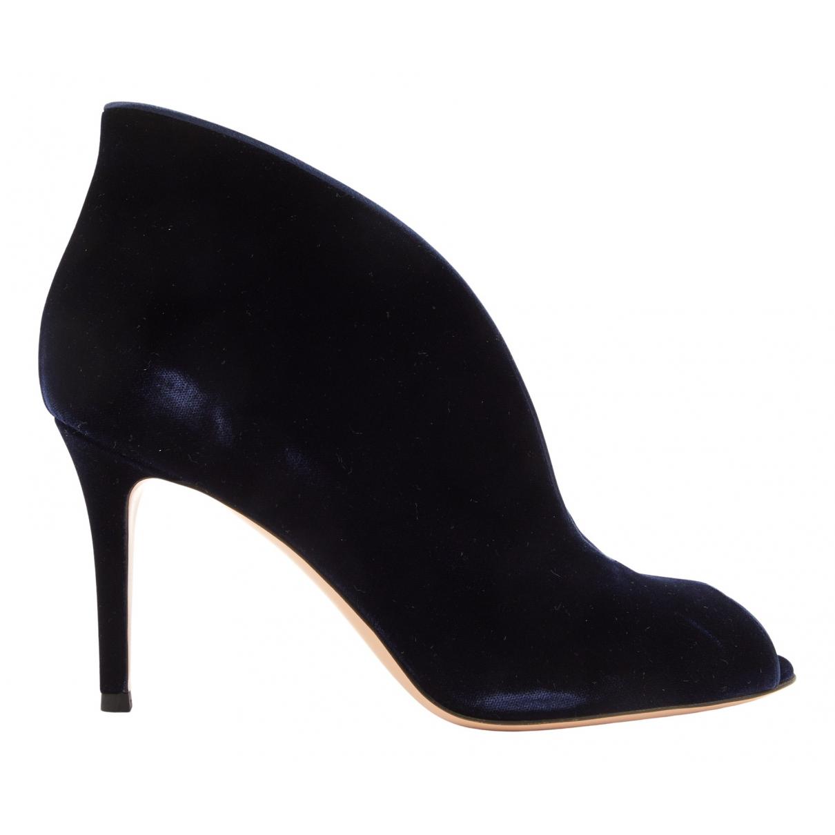 Gianvito Rossi N Navy Velvet Heels for Women