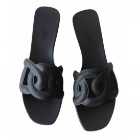 Hermès Omaha leather mules