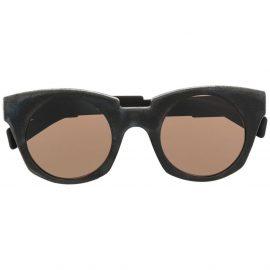 Kuboraum chunky cat-eye frame sunglasses - Black