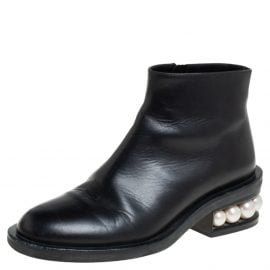 Nicholas Kirkwood Black Leather Faux Pearl Embellished Ankle Boots Size 36.5