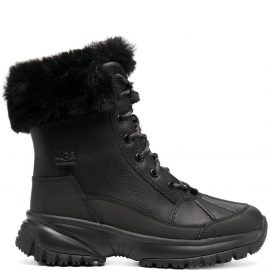 UGG Yose Fluff hiking boots - Black