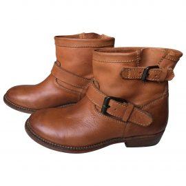 https://images.vestiairecollective.com/produit/3227251-1_1.jpg Leather biker boots